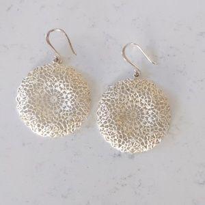 Stella & Dot silver Jasmine Filigree earrings